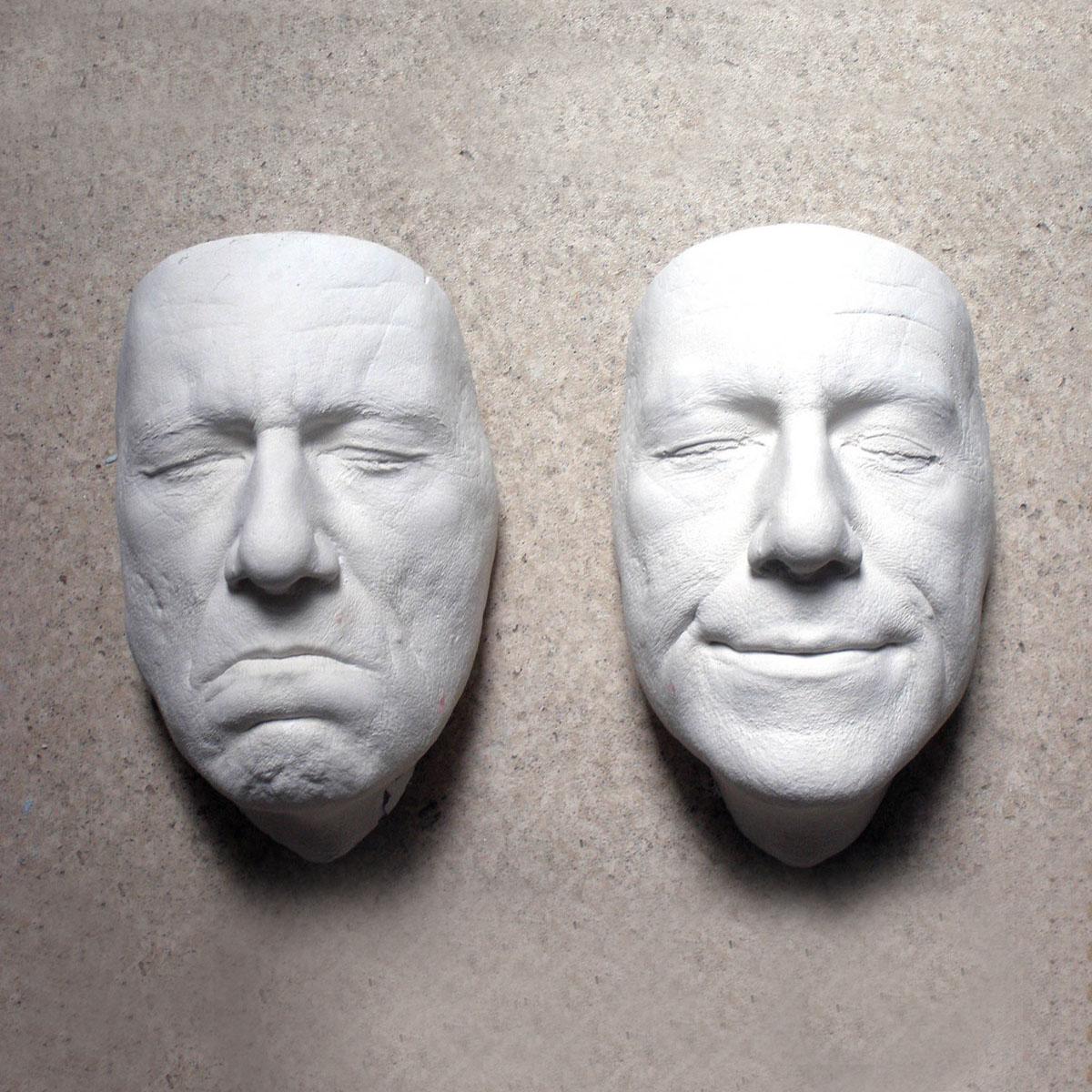 входит состав фото голова в стене скульптура делать таком случае